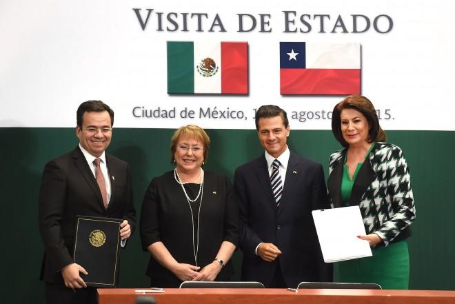 """Presidenta Bachelet en México: """"Ambos países estamos viviendo reformas estructurales y podemos también compartir las lecciones que vayamos extrayendo de ellas"""""""