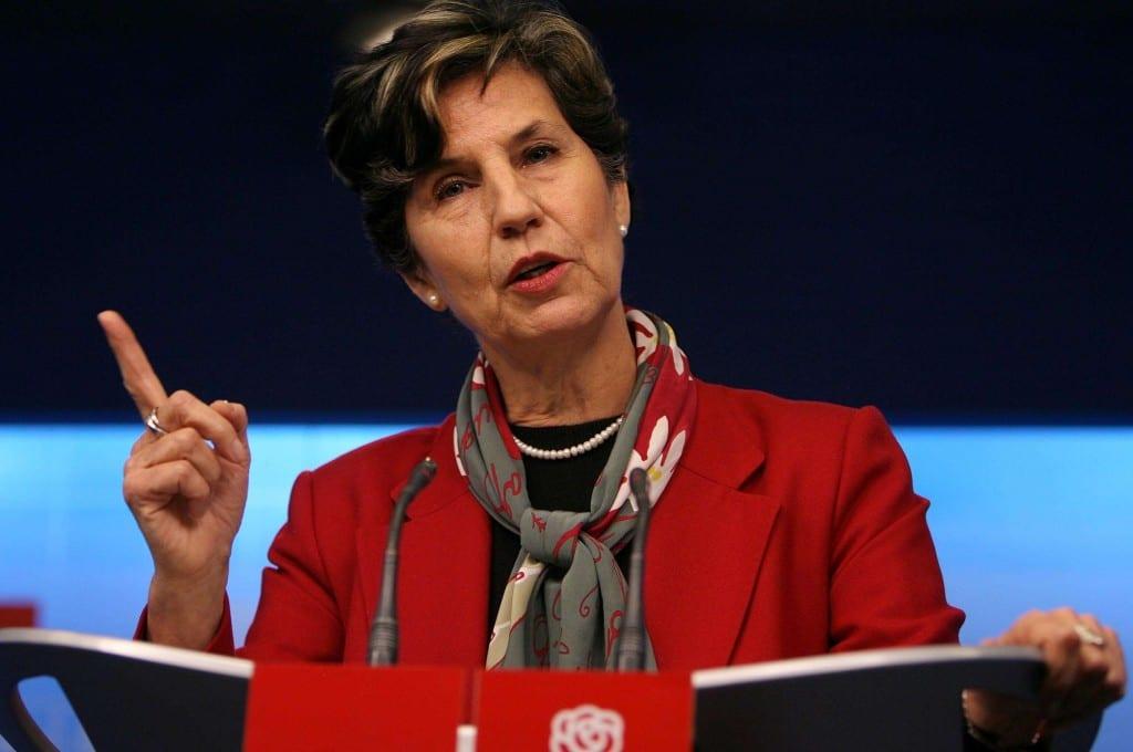 PC quita apoyo a Isabel Allende tras decisión del PS de no respaldar a Lautaro Carmona