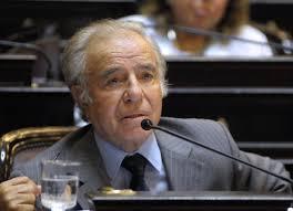 Abogado de Menem dice tener información secreta sobre atentado en la AMIA