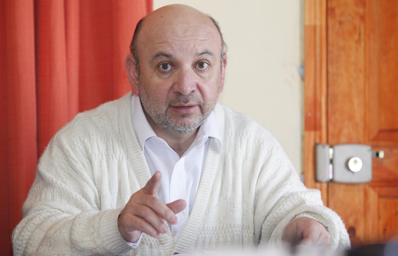 """Diputado Castro califica de """"lamentables y desafortunadas"""" declaraciones de ministra de Salud al poner en duda calendario de construcción hospitales"""