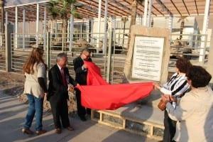 El viernes 11 de septiembre pasado fue inaugurado el monolito que este domingo fue pintado de negro por 2 tenientes del Ejército.