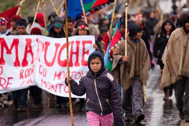 Marcha de comunidades de Collipulli a Angol (2012)