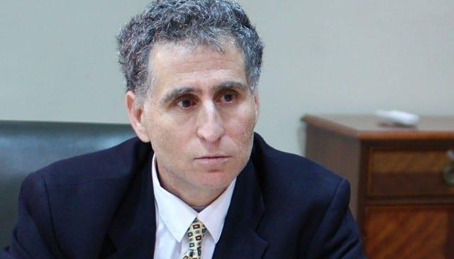 Diputado Farcas trata de antisemitas y terroristas islámicos a parlamentarios y alcalde de origen árabe