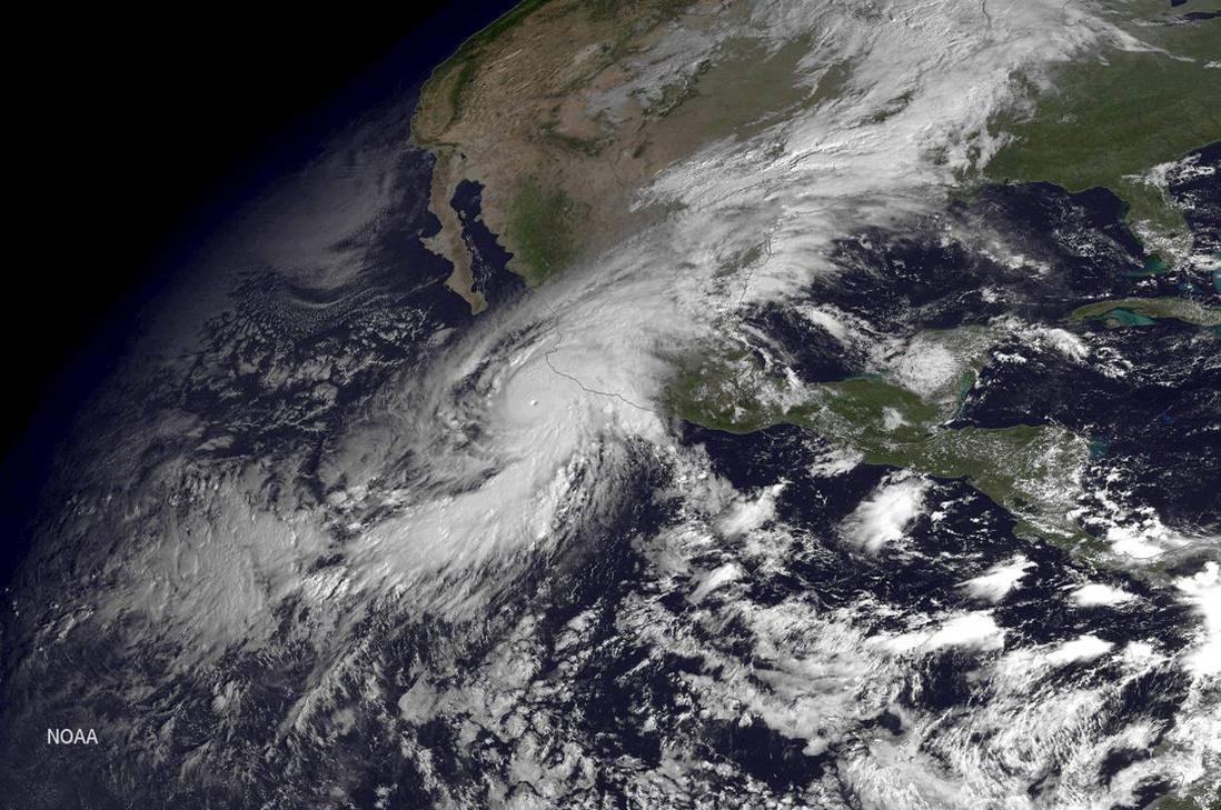 Huracán Patricia categorizado como el más peligroso del mundo