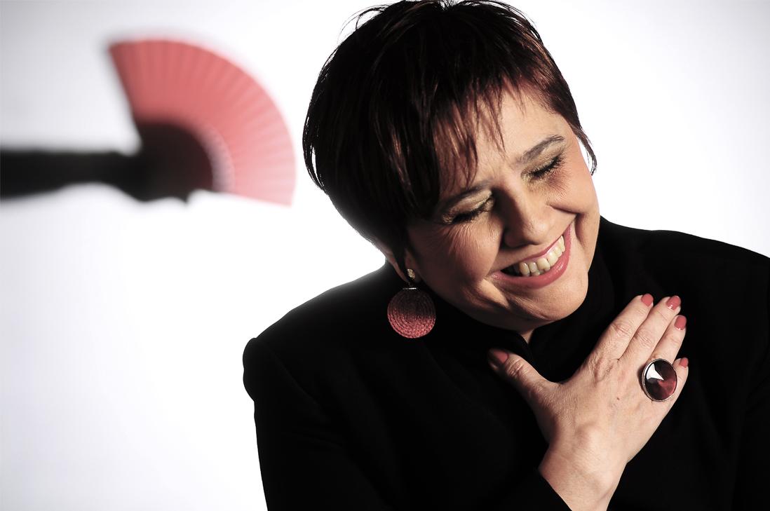 Regresa a Chile la gran voz femenina de Uruguay, Laura Canoura