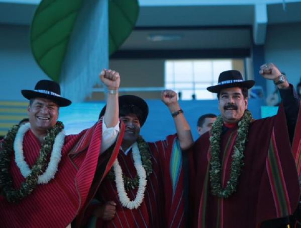 Presidentes Rafael Correa, Evo Morales y Nicolás Maduro, en cumbre climática que entregó apoyo oficial a demanda boliviana.