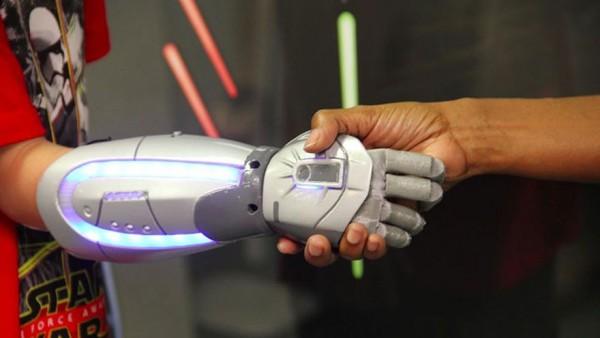 protesis-heroes-disney-open-bionics-1