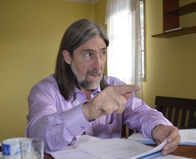 Gobierno dice que es el senador Letelier quien tiene que explicar la foto con jueces de Rancagua