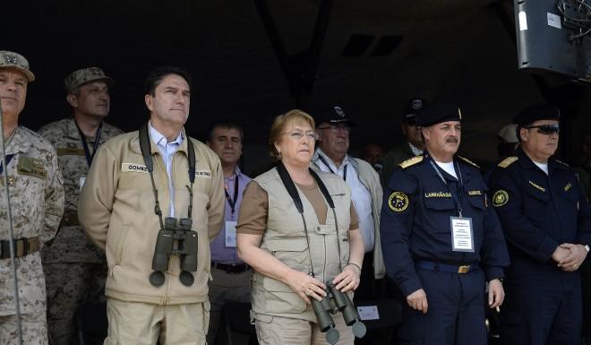 """Presidenta Bachelet asiste –como todos los años- a """"Ejercicio Huracán 2105"""""""