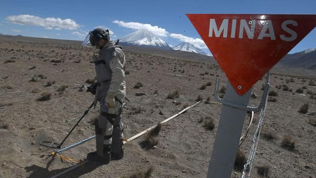 Chile desarma acusación de ministro de Defensa de Bolivia sobre desminado en frontera norte