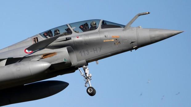 El caza polivalente Dassault Rafale de la Fuerza Aérea de Francia.