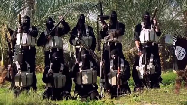 Fuerzas terroristas del EI, sus fotos las difunden por las redes sociales.
