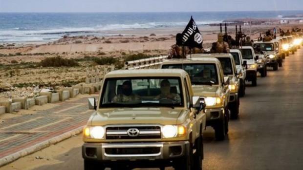 Convoy con fuerzas del Estdo Islámico en alguna parte de la costa de Irak.