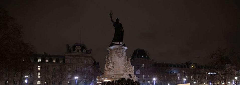 ACTUALIZADO: Aumentan a 3 los chilenos muertos en París, 352 heridos dejan ataques del EI