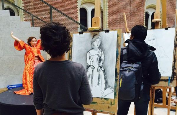 visitantes-museo-dibujos-obras-rijksmuseum-amsterdam-1