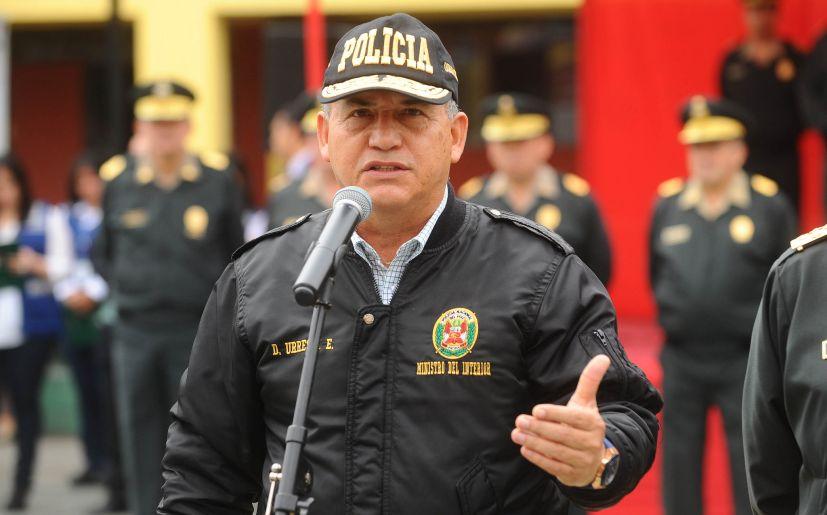Oficialismo peruano «resucita» candidatura de polémico general