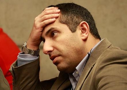 Hasbún se victimiza y acusa manipulación de información para un provecho económico