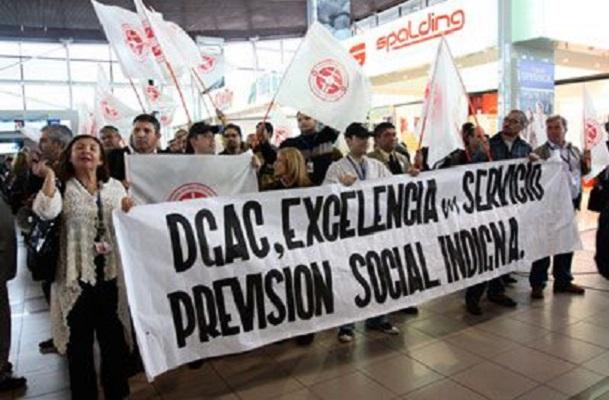 Funcionarios de la DGAC piden retornar al sistema previsional de las FF.AA.