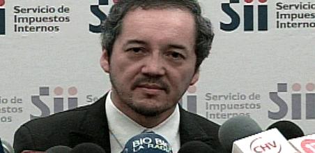 """Vargas demanda al SII acusa que """"razones políticas""""  pusieron término a su contrato"""