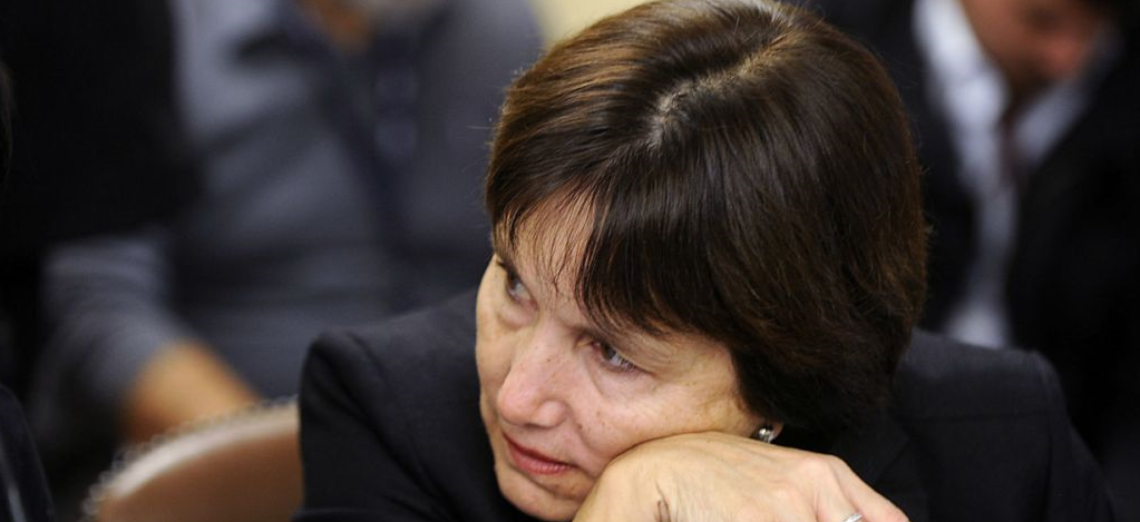 Oposición no logra votos para acusar a ministra de Salud