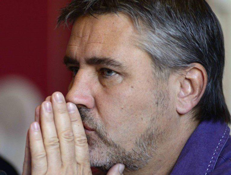 Se empaña la parlamentaria: Atacan por la espalda y con arma blanca a Fulvio Rossi