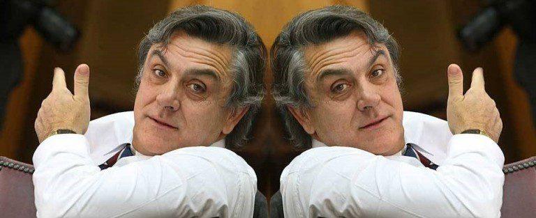"""UDI sólo """"ve la paja en el ojo ajeno"""" y defiende a Longueira"""