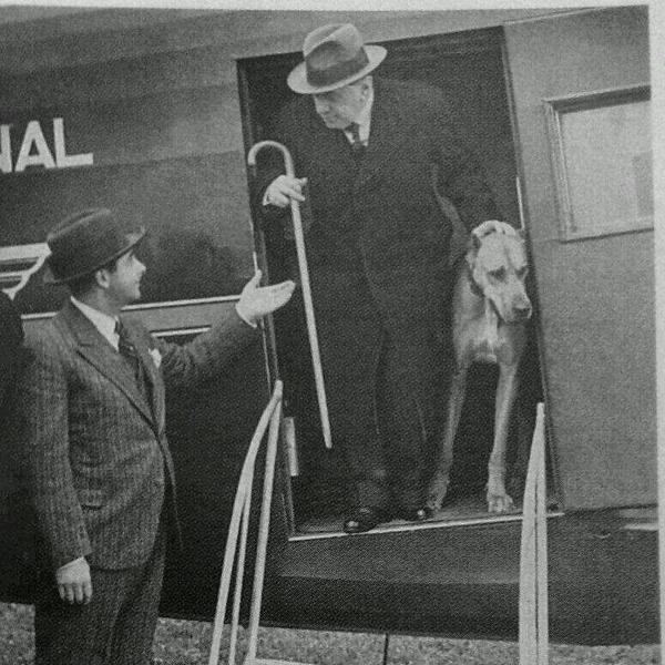 Presidente Alessandri Palma junto a Ulk.