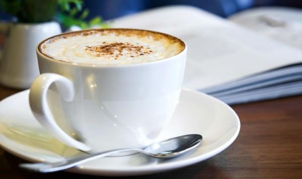 cafeteira-para-capuccino-qual-maquina-escolher--photo24282591-44-3f-2c