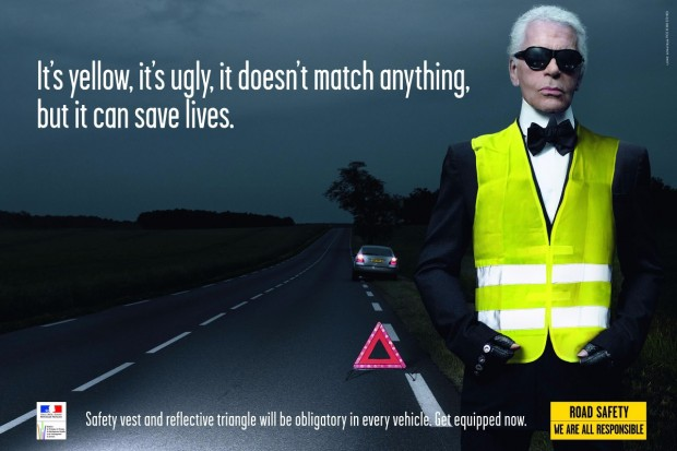 """Karl Lagerfeld protagoniza esta campaña para promover el uso del """"cahelco amarillo""""."""