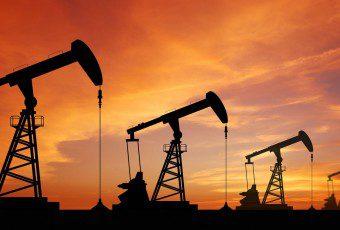 Precio del petróleo vuelve a caer bajo los US$45 el barril