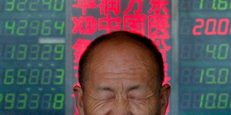 Bolsas de China caen sobre el 7%, también bajan el Petróleo y el Cobre