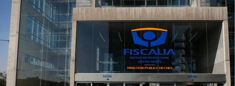 Tras demoledoras denuncias de Fiscal Moya, Fiscal Nacional cita a Consejo Extraordinario urgente para este martes