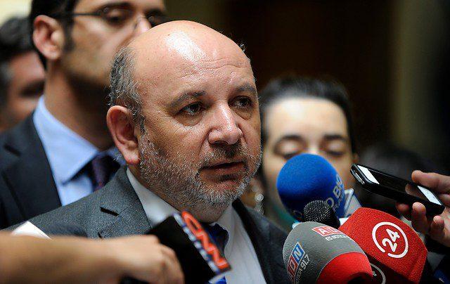 Diputado Castro (PS) acusa maniobra política del Gobierno ante la no transmisión de los Te Deum