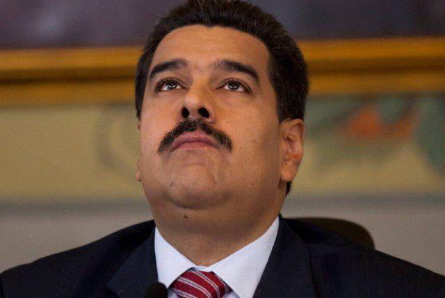 Venezuela: Maduro consigue que FFAA de Cuba le entreguen respaldo