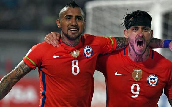 Pinilla y Vidal se lucen en contundente triunfo de La Roja
