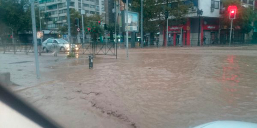 Municipalidad de Providencia demanda al MOP, a Costanera Norte y a Sacyr por inundaciones del 2016
