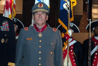 Juan Miguel Fuente-Alba declara en fiscalía  por investigación de fraude en el Ejército