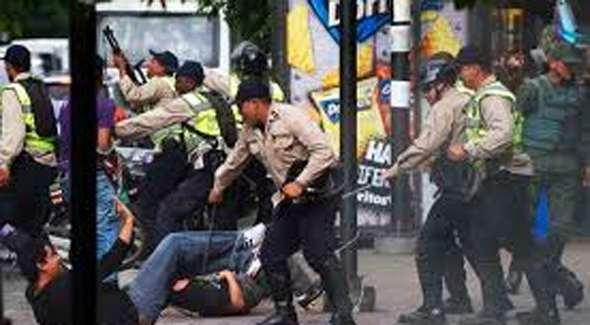 Venezuela : ONGs denuncian abusos policiales y 20 ejecuciones extrajudiciales
