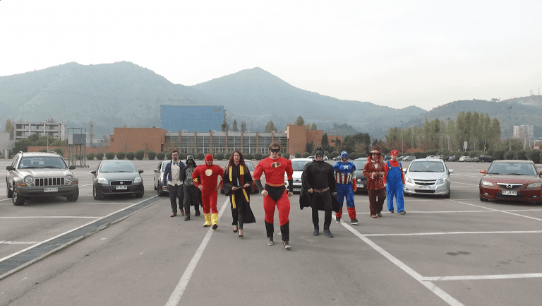 Uber se convierte en Superhéroe y te lleva a Comic Con Chile
