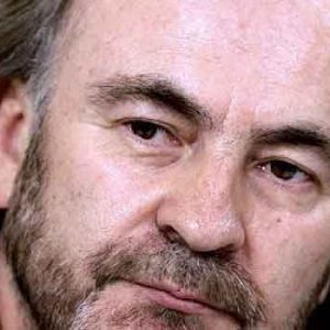 Pepe Auth, diputado díscolo