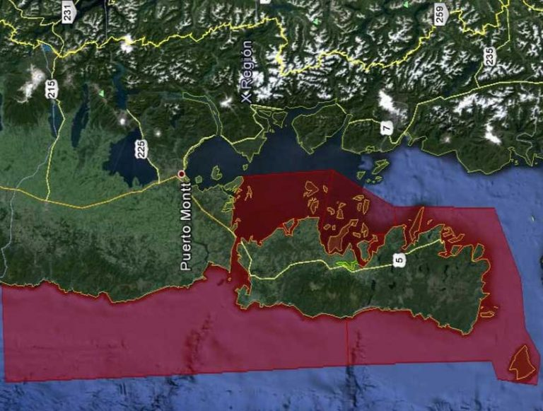 Todo el borde costero de Los Lagos sigue cerrado por Marea Roja