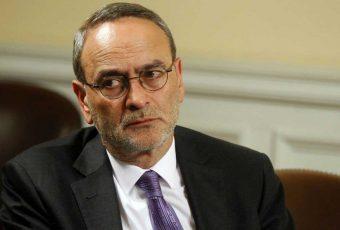 Diputado Saffirio acusó recibir presiones de la Iglesia ante proyecto que busca reducir privilegios del clero