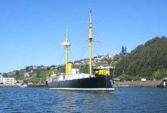"""(VIDEO) Conoce el """"Huáscar"""" la reliquia histórica de la Armada en cuya cubierta murió Arturo Prat"""