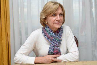 Providencia renuncia a cajas del Gobierno, pero Matthei aclara que el municipio entregará las propias
