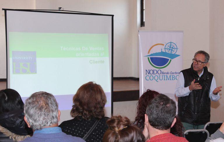 En Peñuelas y Tongoy se capacitan en ventas, servicios y atención para potenciar el turismo
