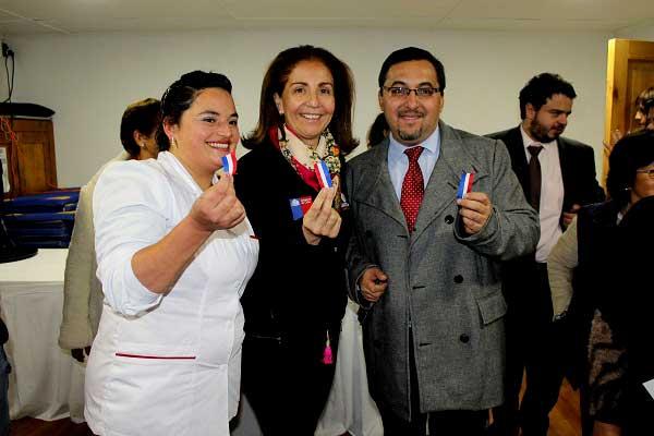 (La primera de izq. a der.) Bárbara González, directora del Hospital de Til Til, es la cuestionada carta del PPD para la alcaldía de la comuna.