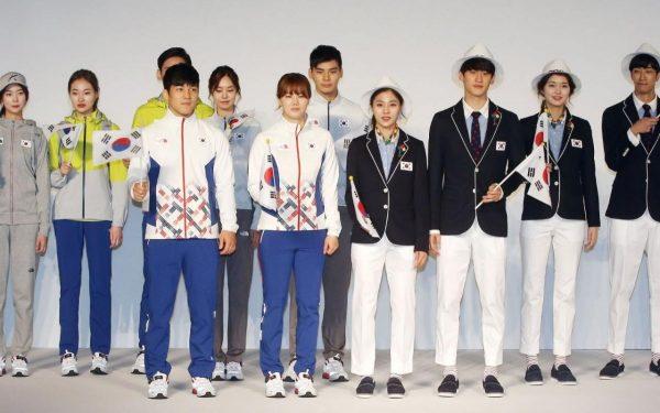 96500494_In-a-picture-taken-on-April-27-2016-South-Korean-Olympic-athletes-and-models-show-the-South-xlarge_trans-eo_i_u9APj8RuoebjoAHt0k9u7HhRJvuo-ZLenGRumA-1200x749-1200x749