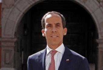 """Alcalde de Santiago propone a gobierno formar gabinete de unidad con """"otras fuerzas políticas"""""""