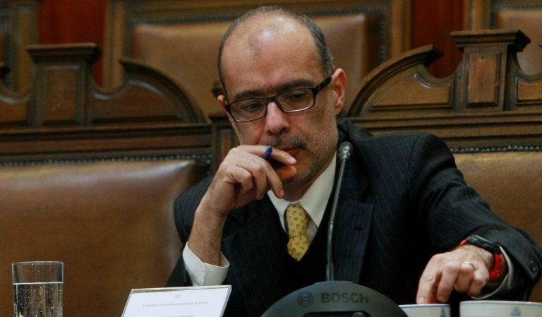 """Manuel Riesco: """"Al ministro Valdés le saldrá el tiro por la culata"""""""