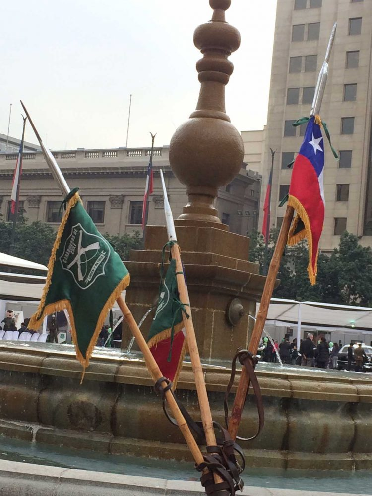 Una de las fuentes de agua de la Plaza de la Constitución frente a La Moneda.